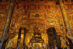 From Phố Châu over Dân Lực back to Ninh Bình and a visit at Bái Đính