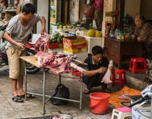 Back in Hanoi or Hà Nội if you like