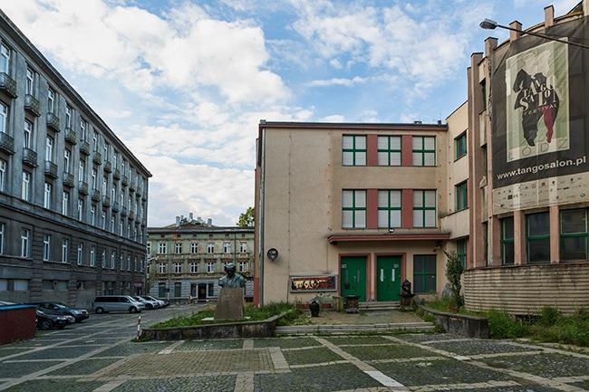 Square next to Piotrkowska Street