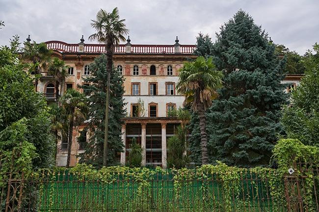 Sad house in Bellagio