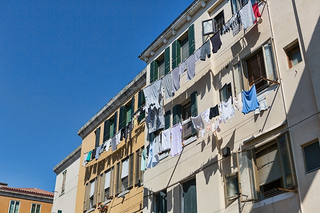 Laundry in the sun at Calle de Forner