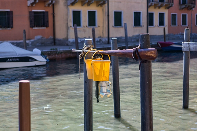 Somebody does dry his fishing equipment at the Ponte Moro