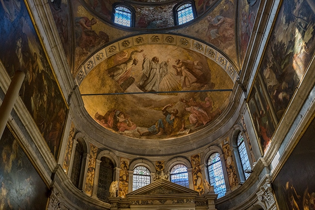 The Dome and the apse were decorated by Il Pordenone