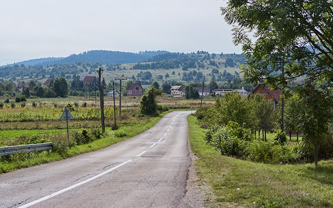 Driving into Saborsko