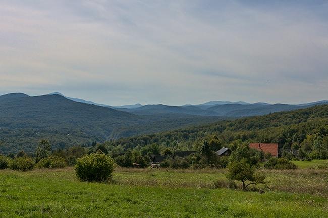 Poljanak view over the mountians