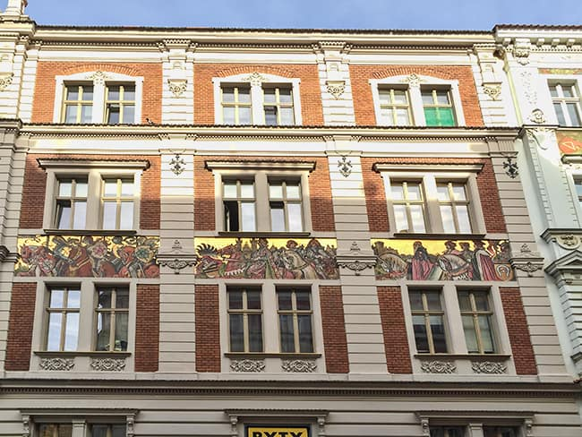 Houses with the painting of Mikulas Ales at Nerudova street