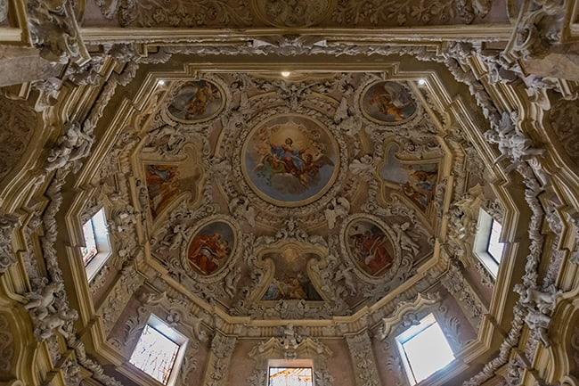 Inside the Chiesa Parrocchiale di S. Maria Assunta