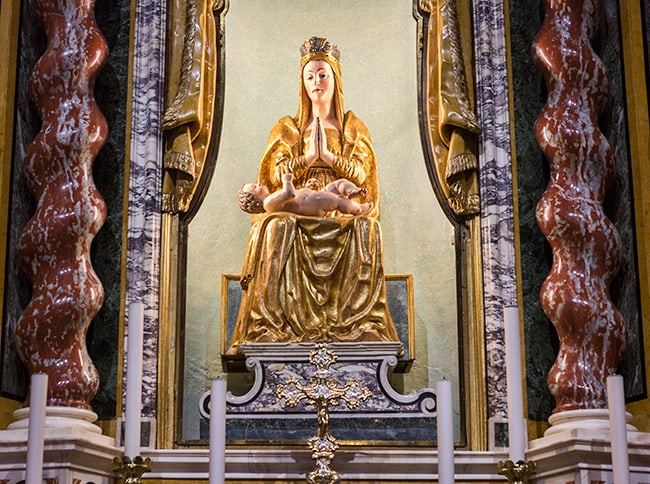 Madonna dei Miracoli.jpg