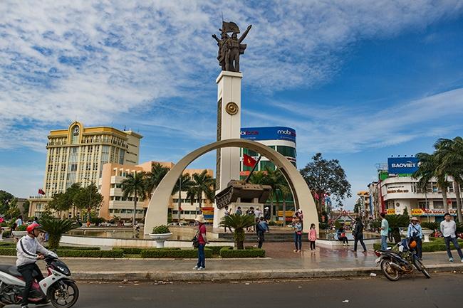 Victory Monument Me Thuot or Tượng đài Chiến thắng Buôn Ma Thuột