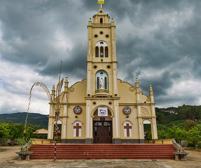 Church along the QL 28 in the Di Linh District