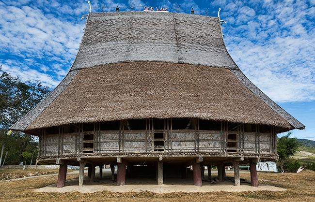 Traditional house in Đăk Wăk