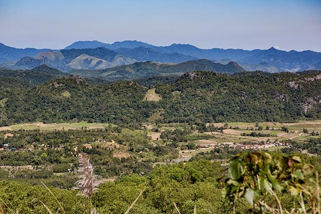 Farmland takes over the mountains