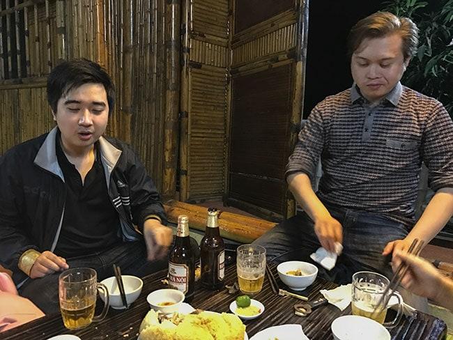 Hoàn & Việt