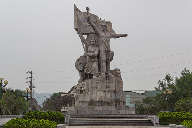 Monument in Thành phố Vinh
