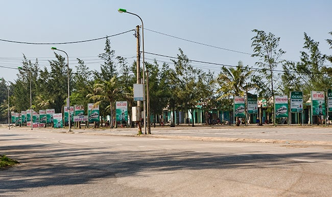 They all look the same at the beach in Monument in Cửa Việt