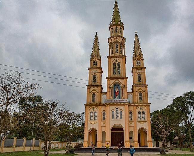 Nhà thờ Giáo họ Tân Phương