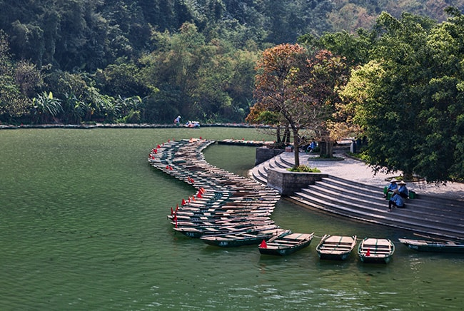 Boats waiting for tourists in Tam Coc