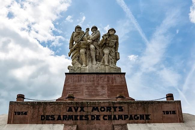 Monument Aux Morts des Armées de Champagne, Ferme du Navarin