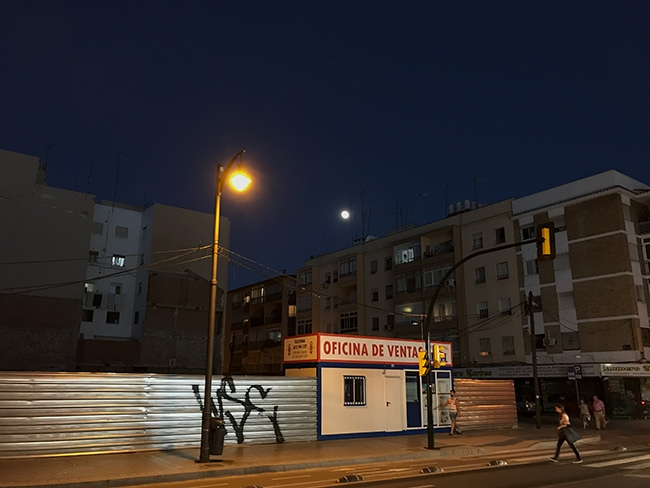 Went for a beer and a snack - the moon and artificial light
