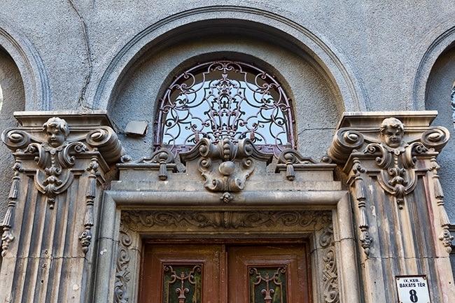 Entrance at Bakáts tér 8