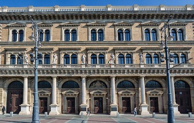 Budapest Corvinus University