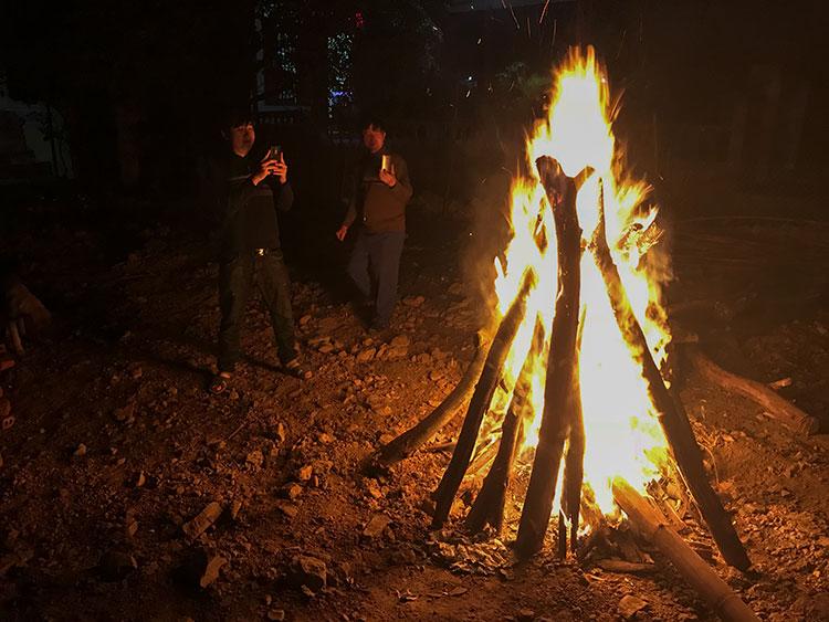The Tet fire