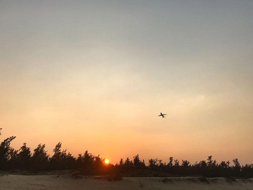The evening flight to Saigon
