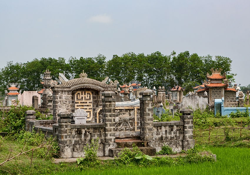 Regular graveyard
