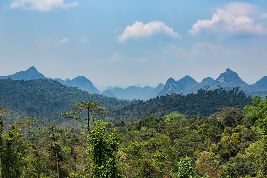 Mountains close to Cha Noi