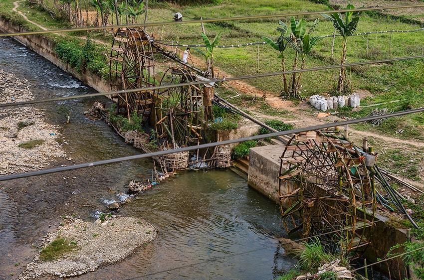 Water wheels in Bao Lac