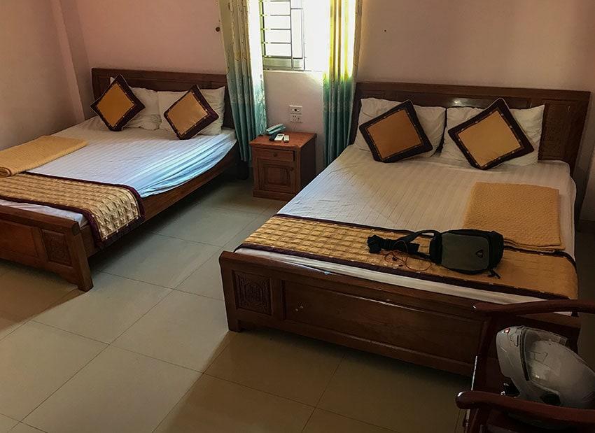 Hotel Room Nhà Nghỉ Nhật Linh