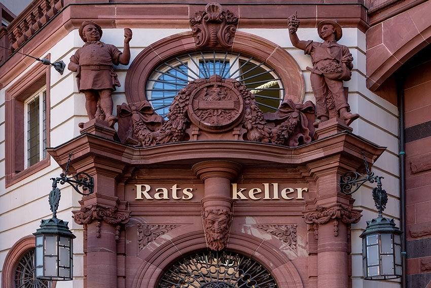 Entrance of the Ratskeller in Frankfurt