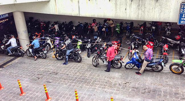 Motorbike parking in Manila